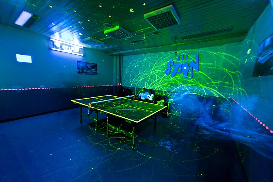 Tron™ Tennis